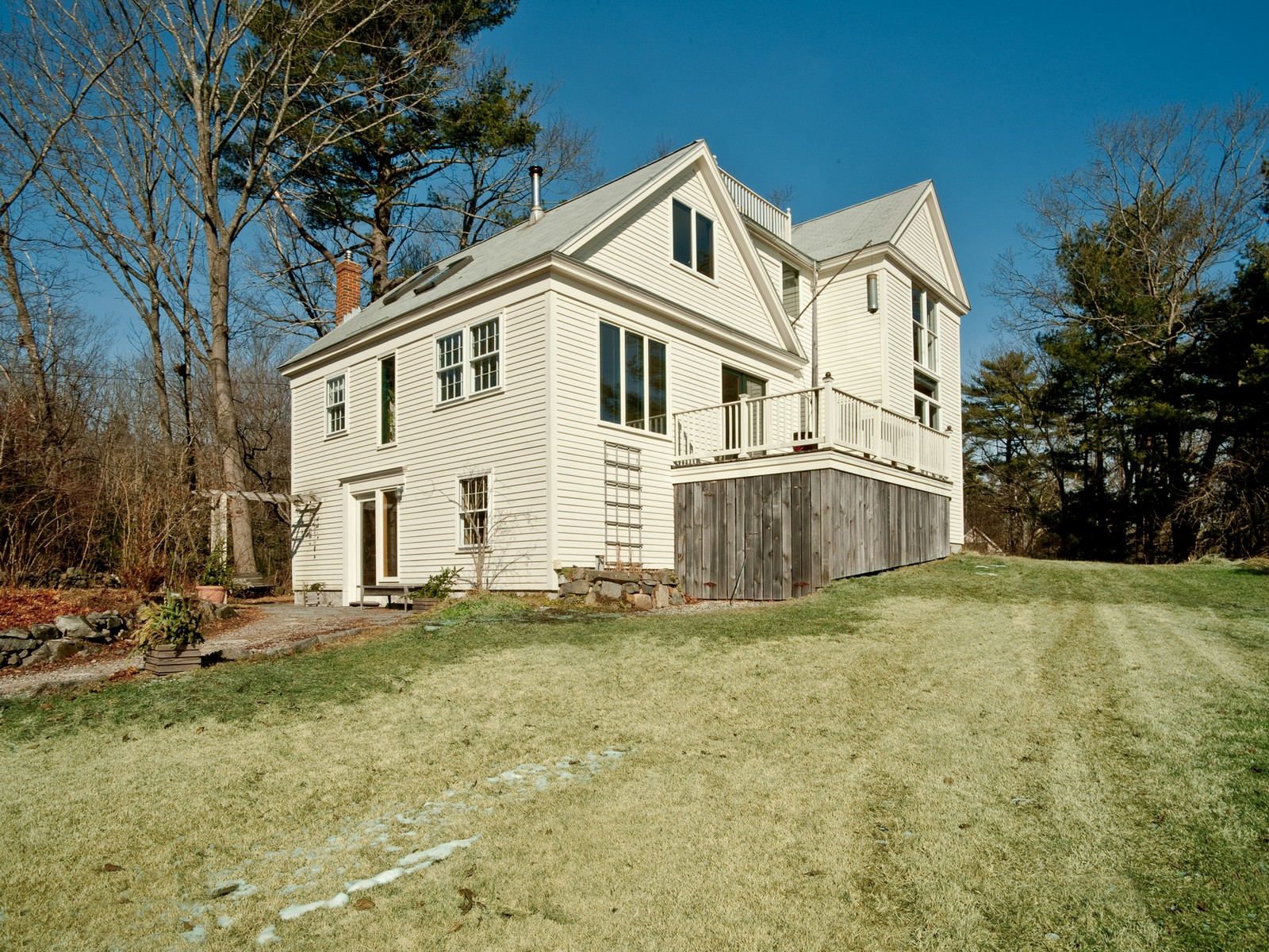 53 Cutts Island Ln, Kittery Point, ME 03905