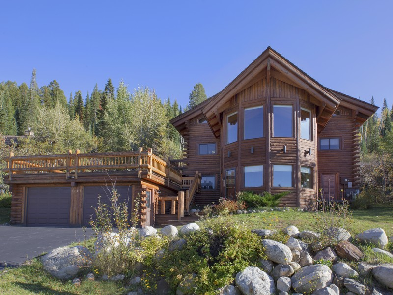 2275 Clubhouse Dr, Steamboat Springs, CO 80487