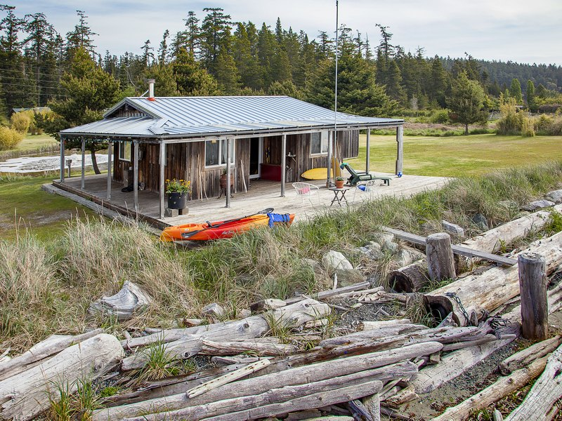 454 Indian Cove Rd, Shaw Island, WA 98286