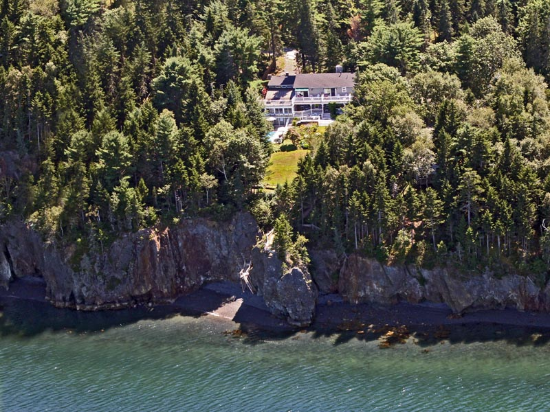 Inn at Bay Ledge
