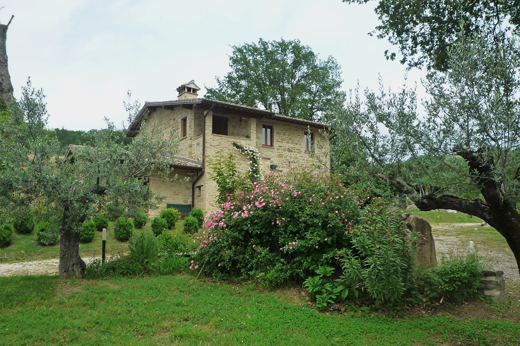 Private farmhouse in umbrian countryside