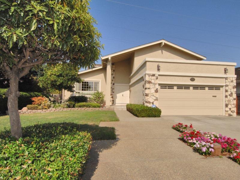 112 Barkentine St, Foster City, CA 94404