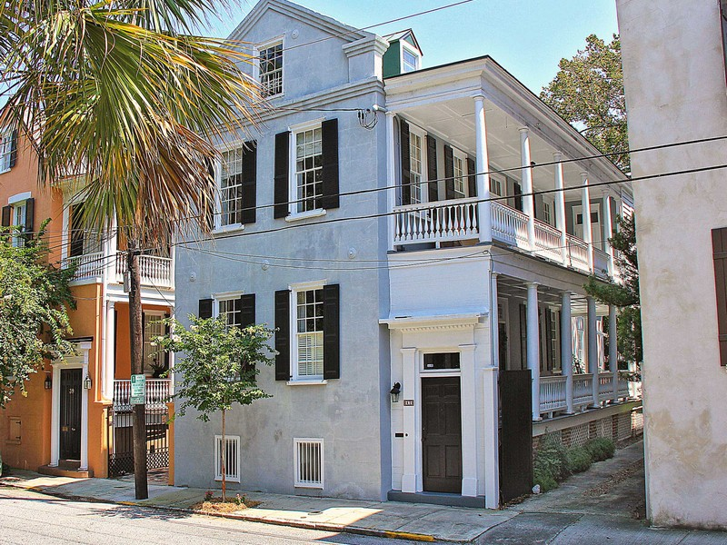 Fabulous Charleston Single with Double-tiered Piazza in Ansonborough