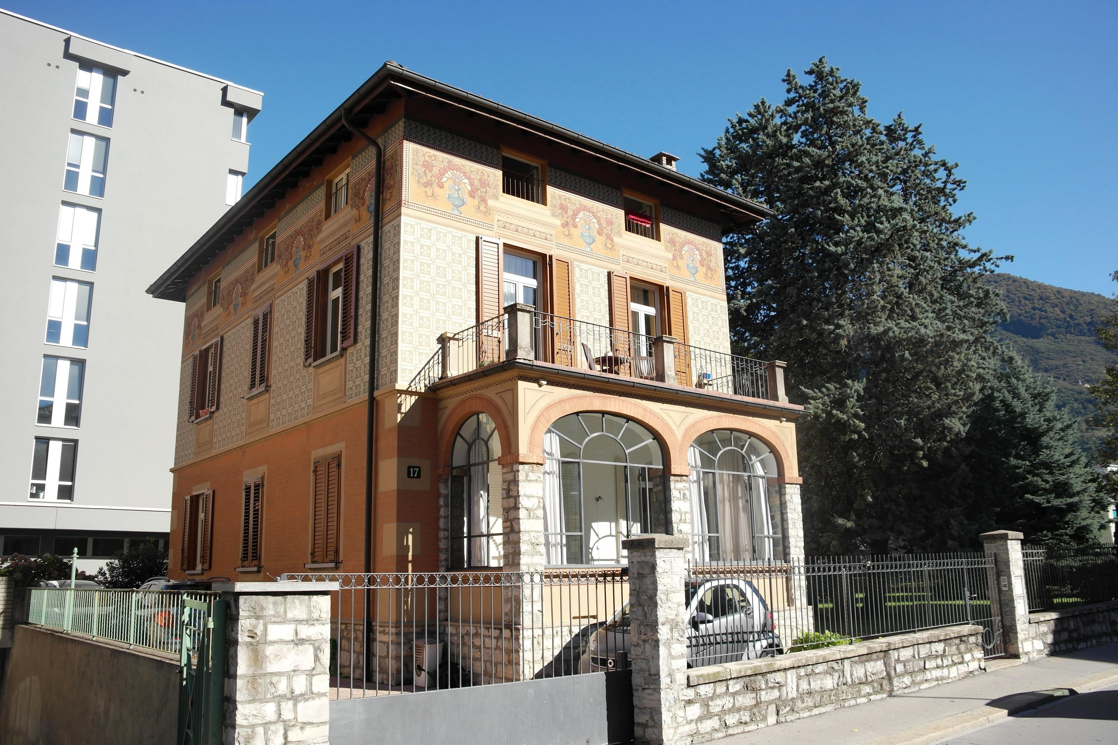 Villa near the centre