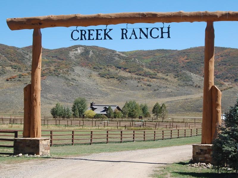 32020 Mack Ln, Oak Creek, CO 80467