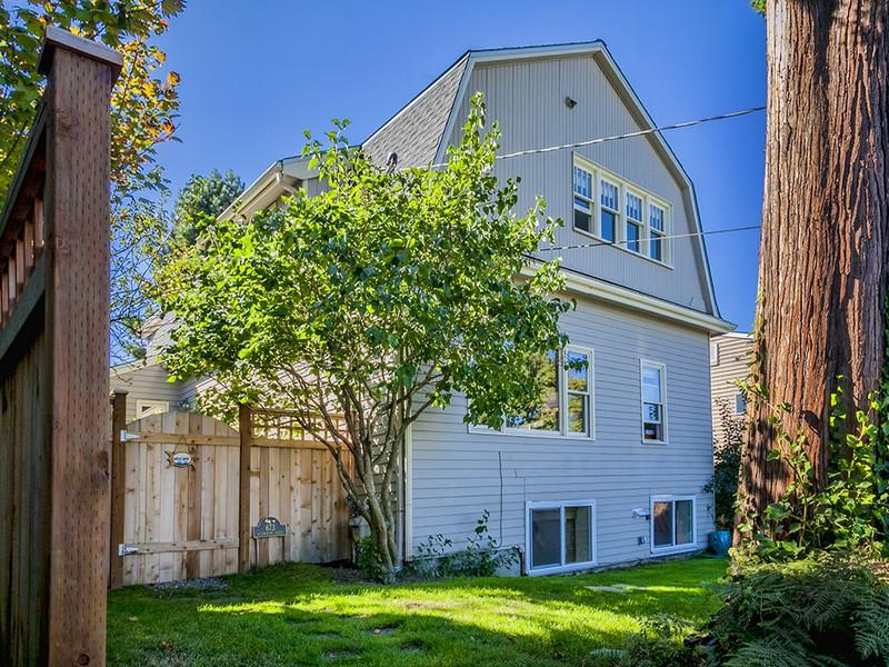 673 W Emerson St, Seattle, WA 98119