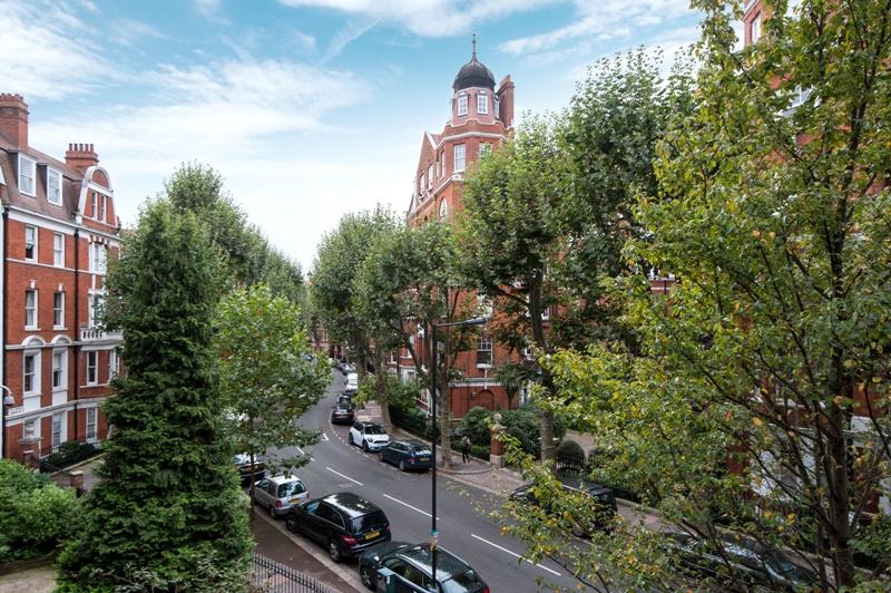 Fitzjames Avenue