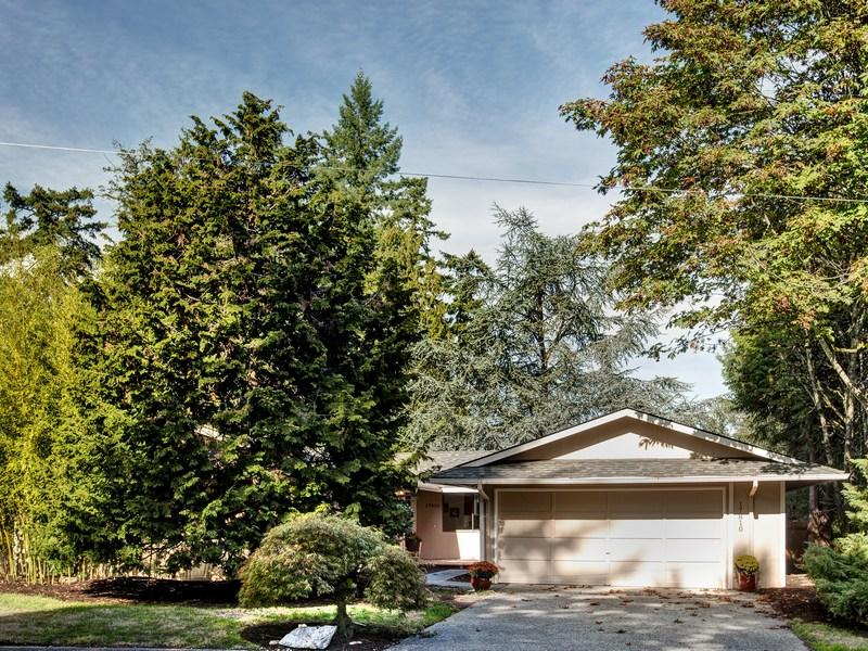 17810 Ne 29th St, Redmond, WA 98052