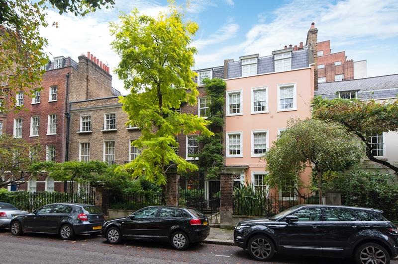 43 Kensington Court
