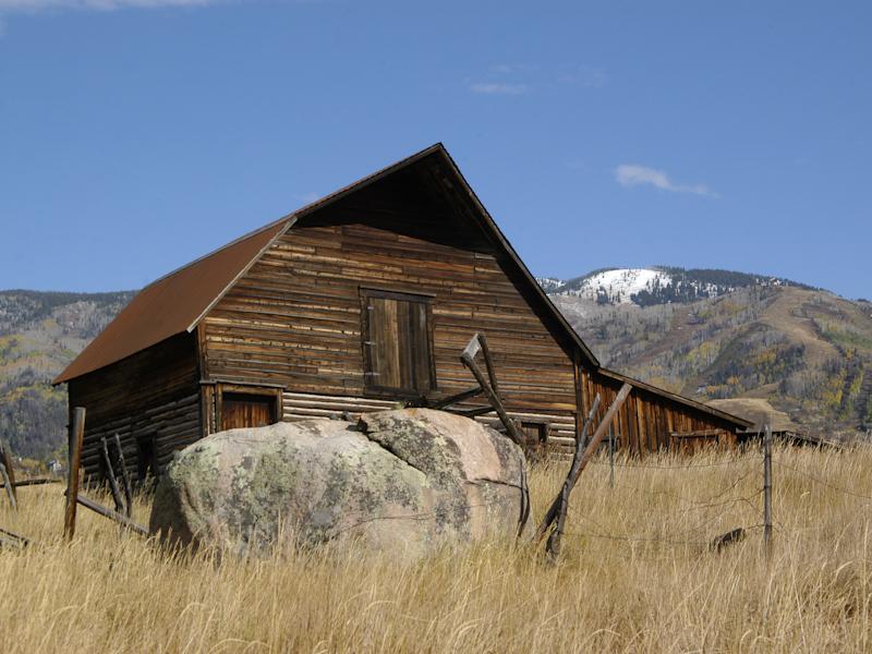 915 Twilight Ln, Steamboat Springs, CO 80487