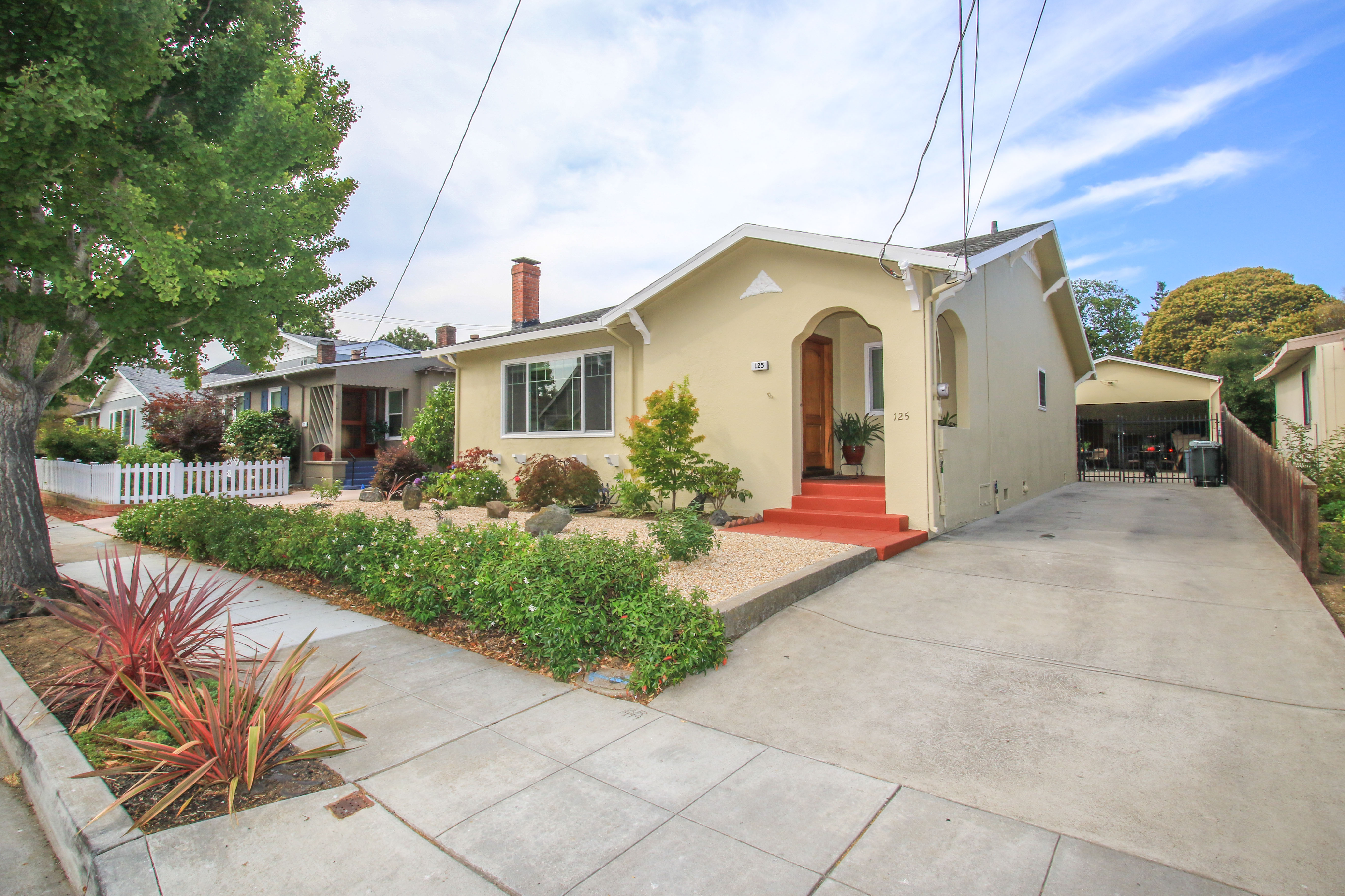125 Channing Rd, Burlingame, CA 94010