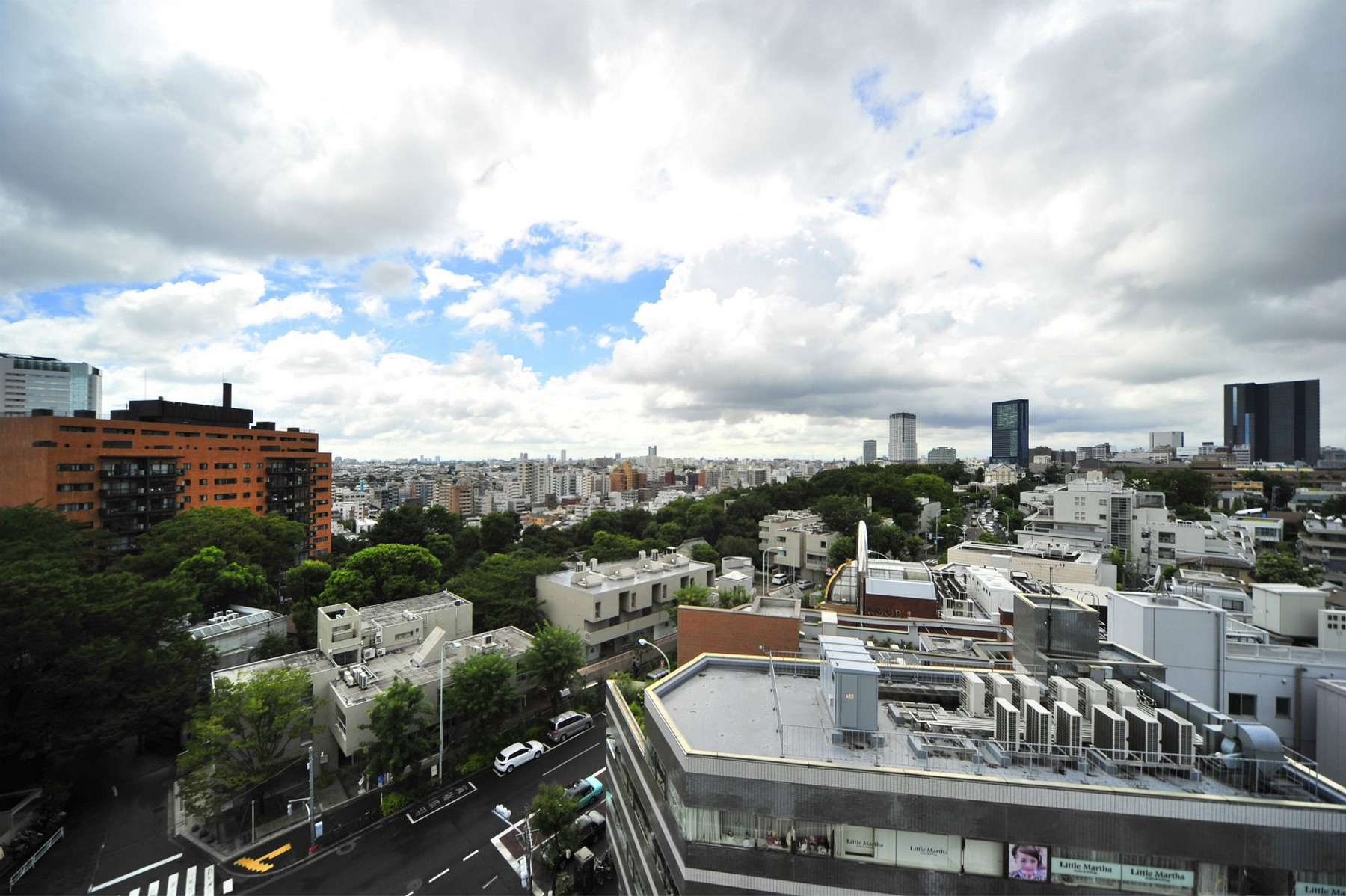 Japan shibuya ku the conoe daikanyama for sale on for Japan homes for sale