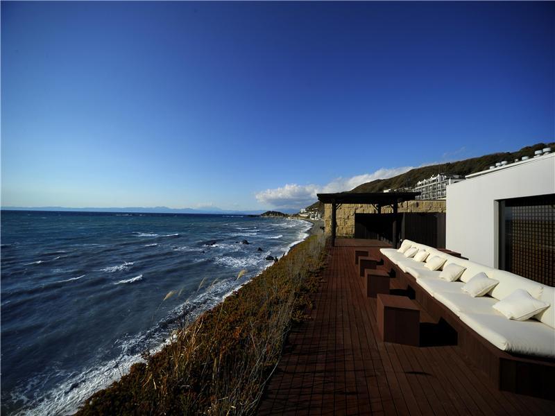 Hayama Oceanfront Oasis