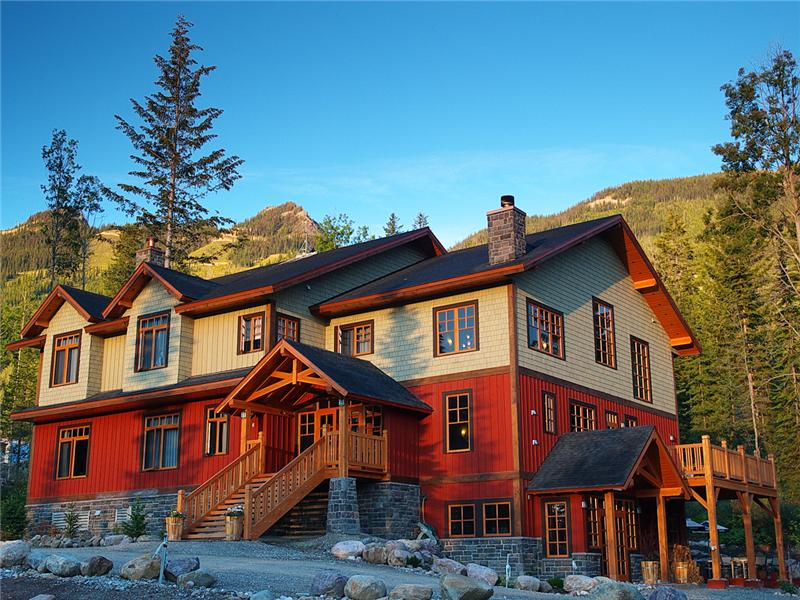 On-Mountain Boutique Lodge & Restaurant