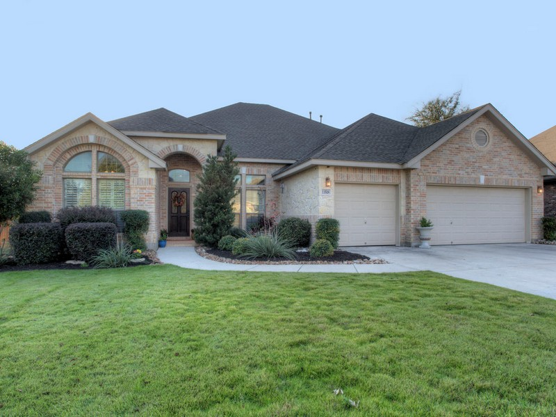 13518 French Park, Helotes, TX 78023