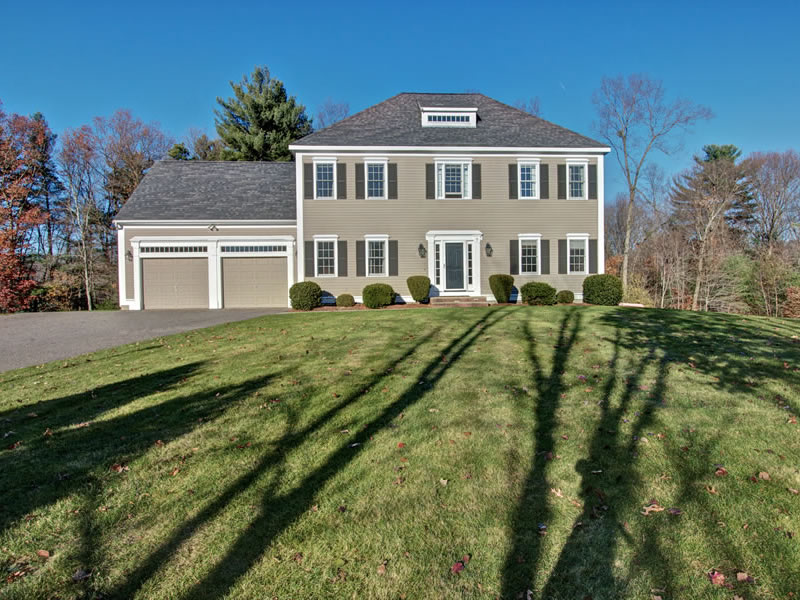9 Killam Farm Ln, Southborough, MA 01772