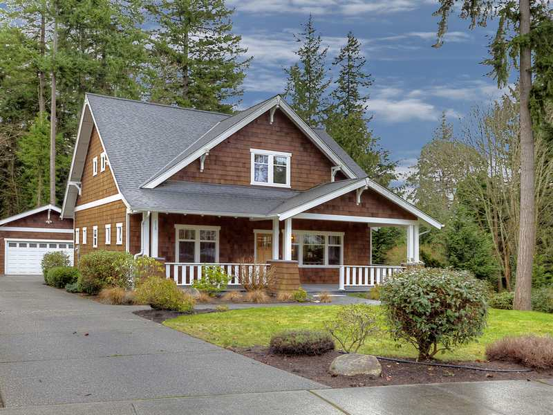 676 Tiffany Meadows Dr NE, Bainbridge Island, WA 98110