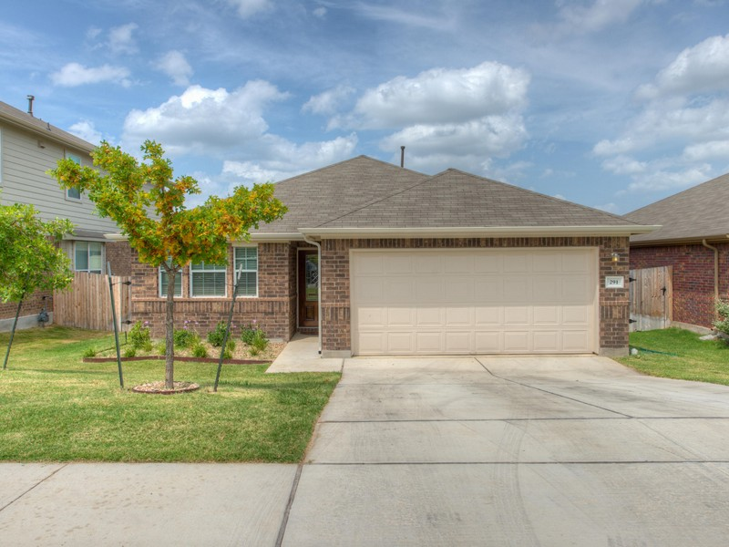 291 Strawberry Blonde Dr, Buda, TX 78610
