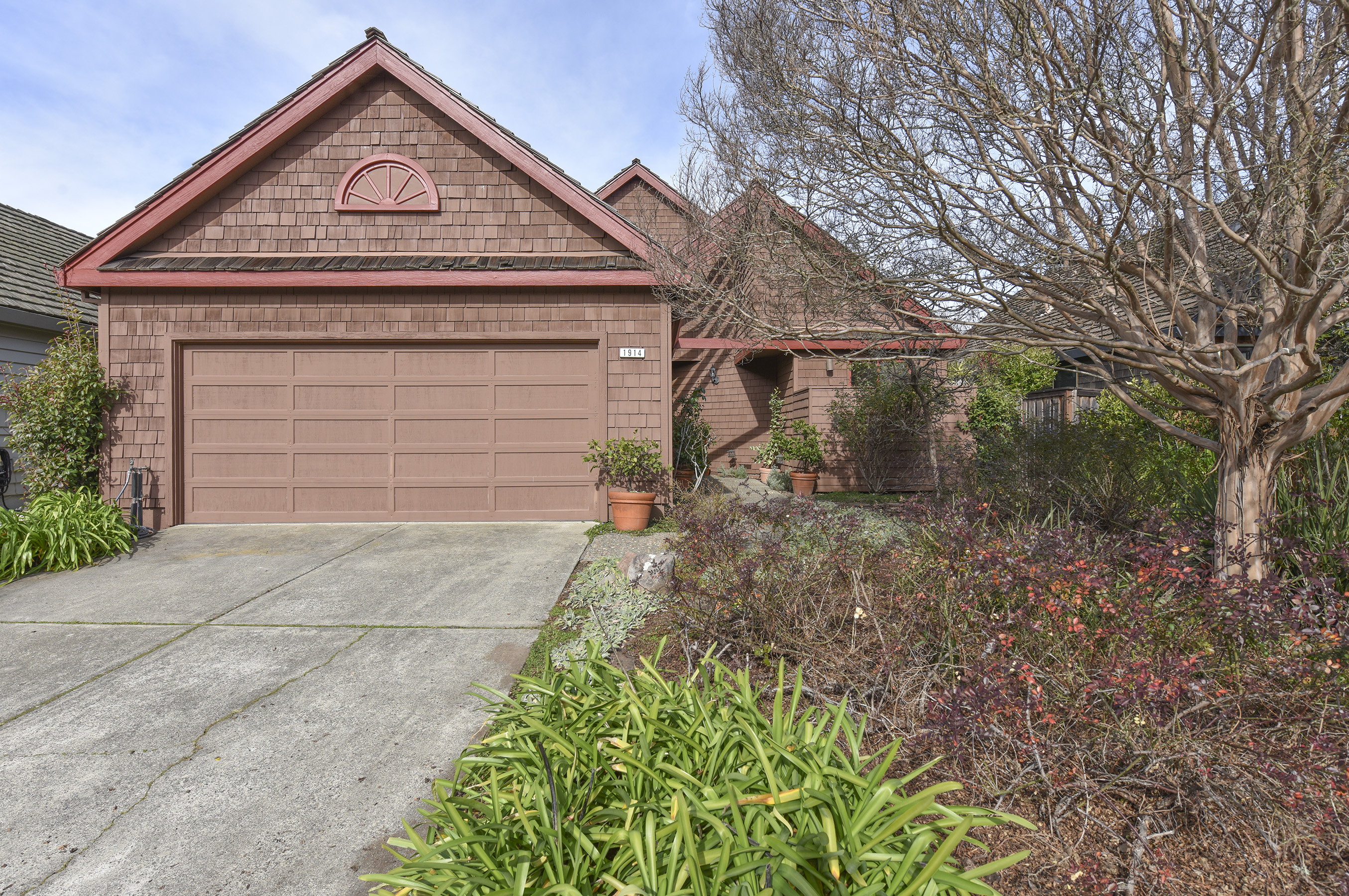 1914 Oak Cir, Yountville, CA 94599
