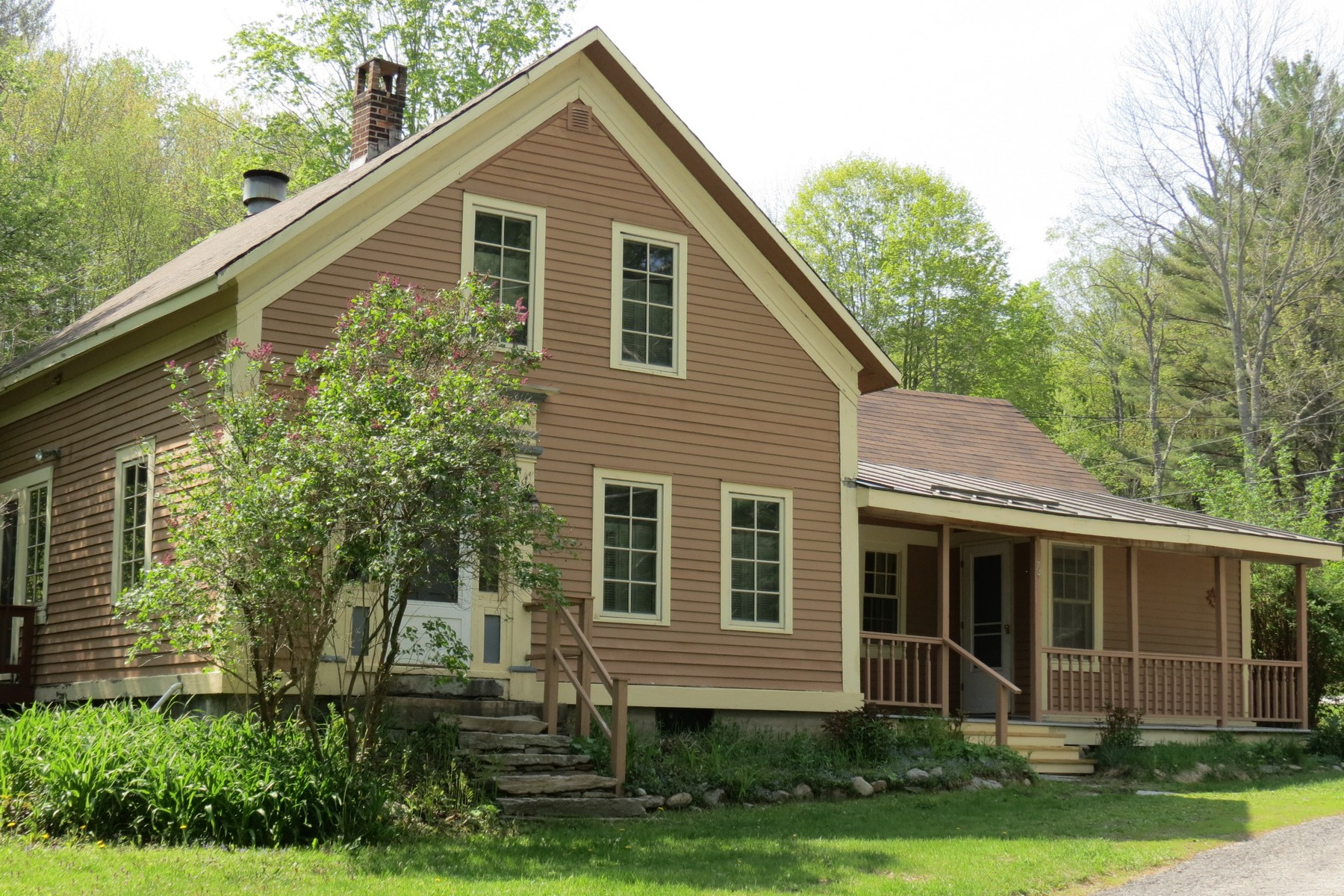74 Lawrence Hill Rd, Weston, VT 05161
