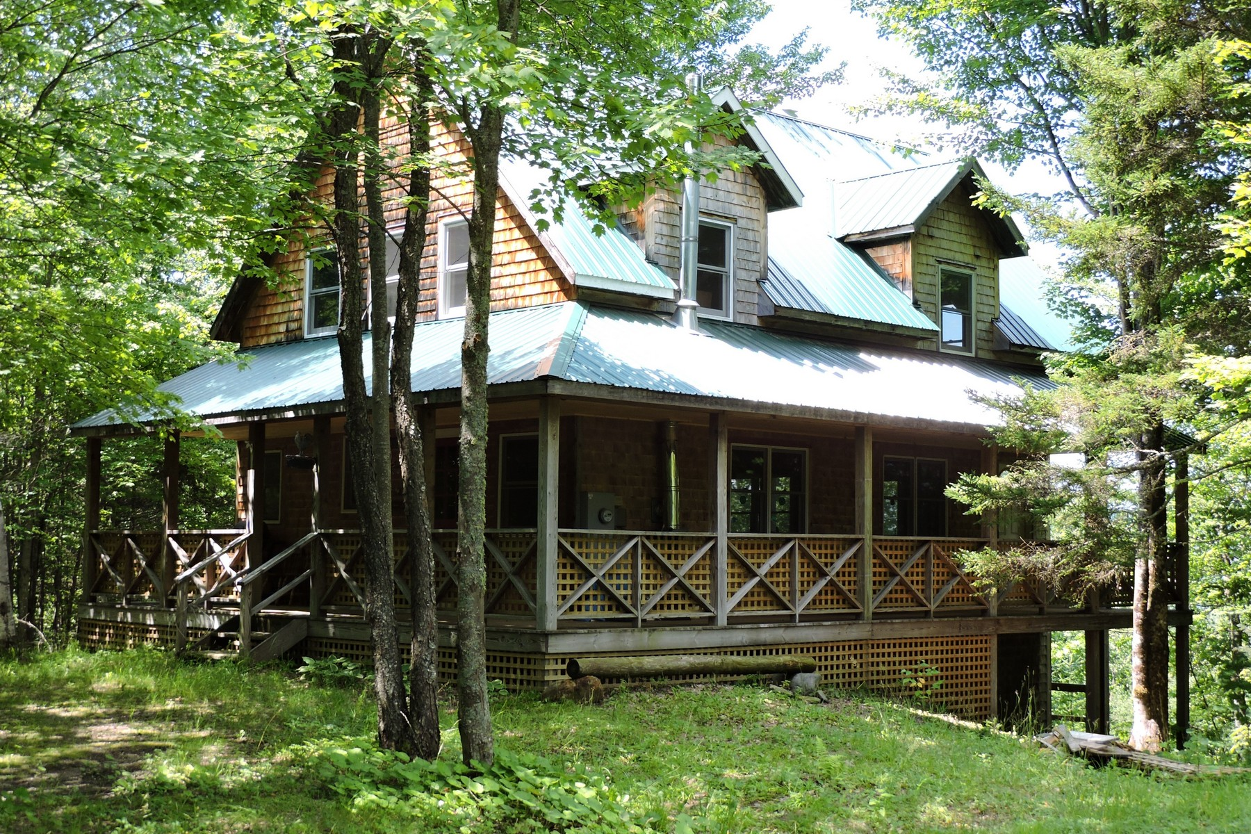 1285 Lawrence Rd, Waterford, VT 05819