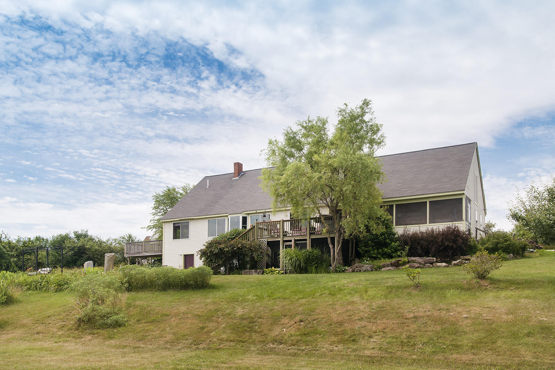17 Orchard View Dr, Waterford, ME 04088