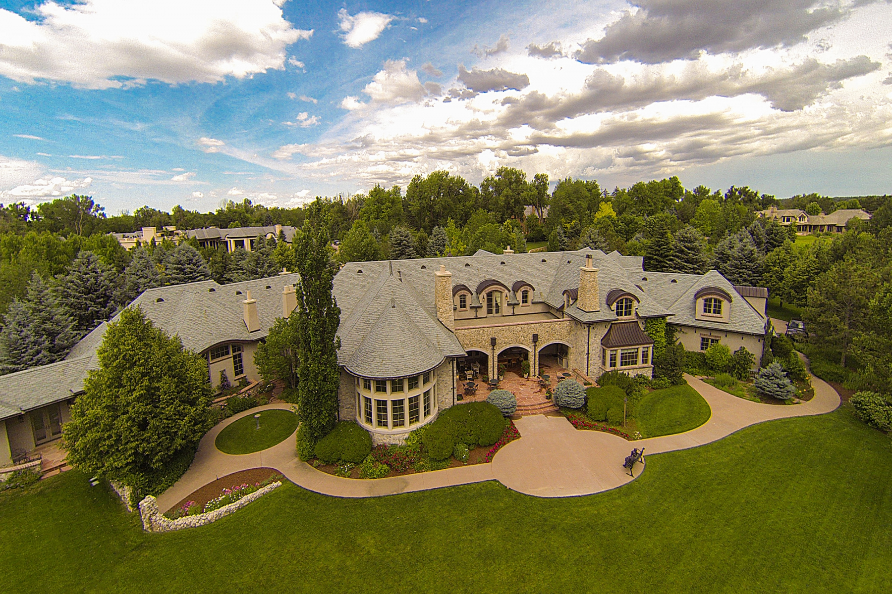 22 Cherry Hills Park Dr, Englewood, CO 80113