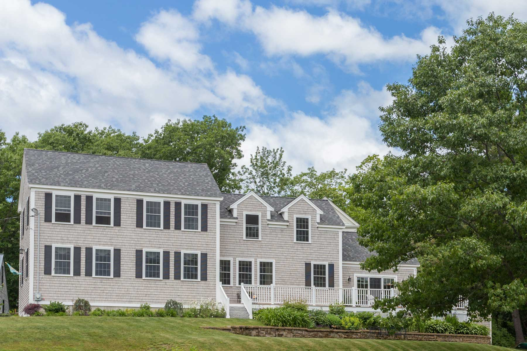 55 Cutts Island Ln, Kittery Point, ME 03905