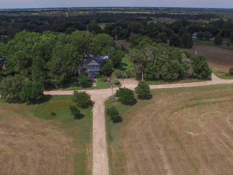 5808 Wagner Rd, Round Top, TX 78954
