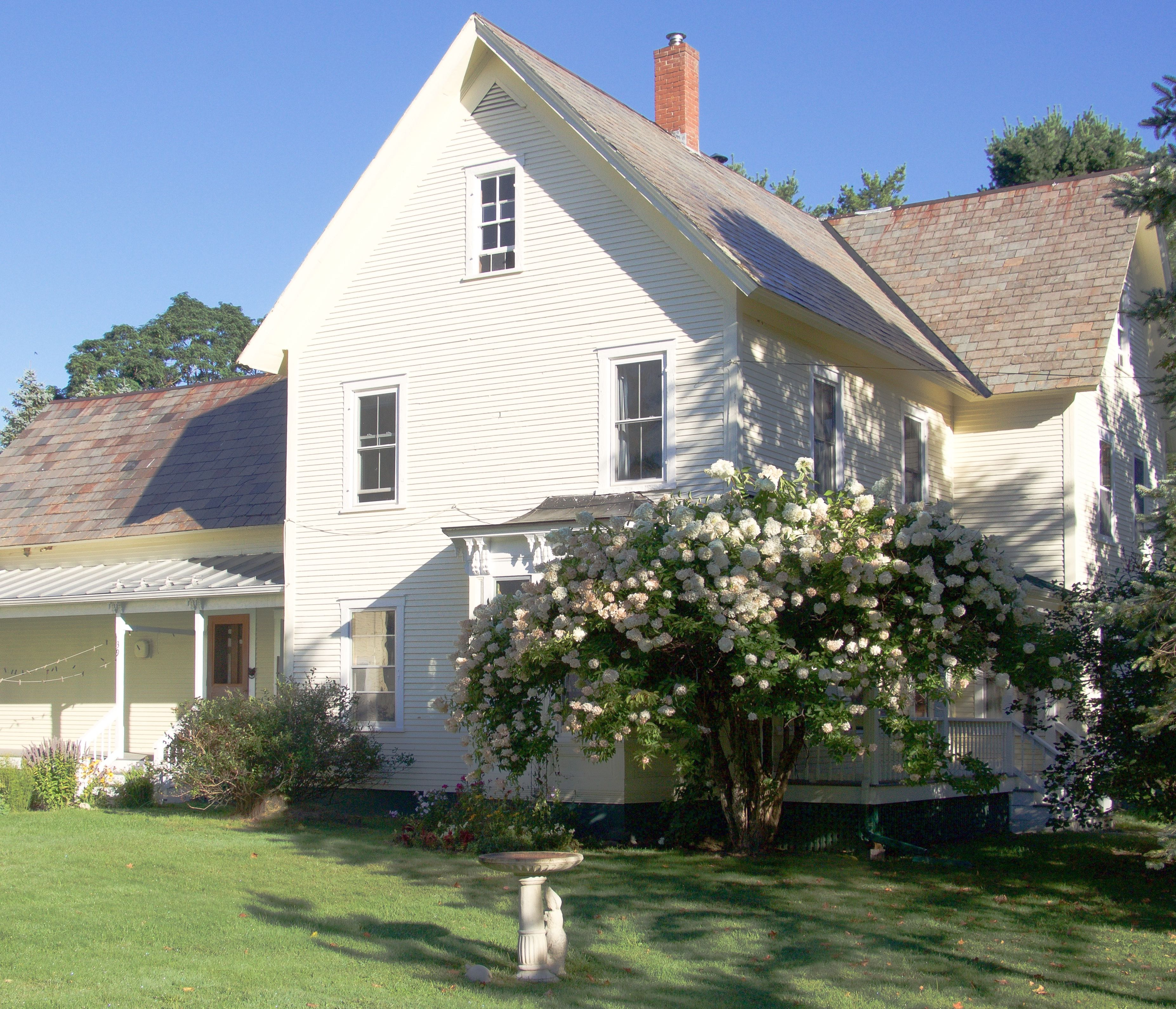 39 Quaker St, Lincoln, VT 05443