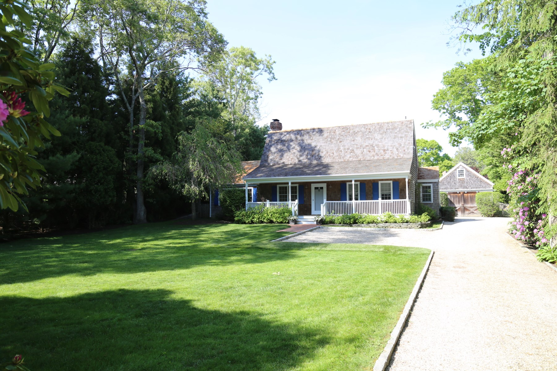 wainscott mature singles Browse marvin nc real estate listings to  and single family homes for sale  the backyard is tailored with specialty plantings shaded by mature trees.