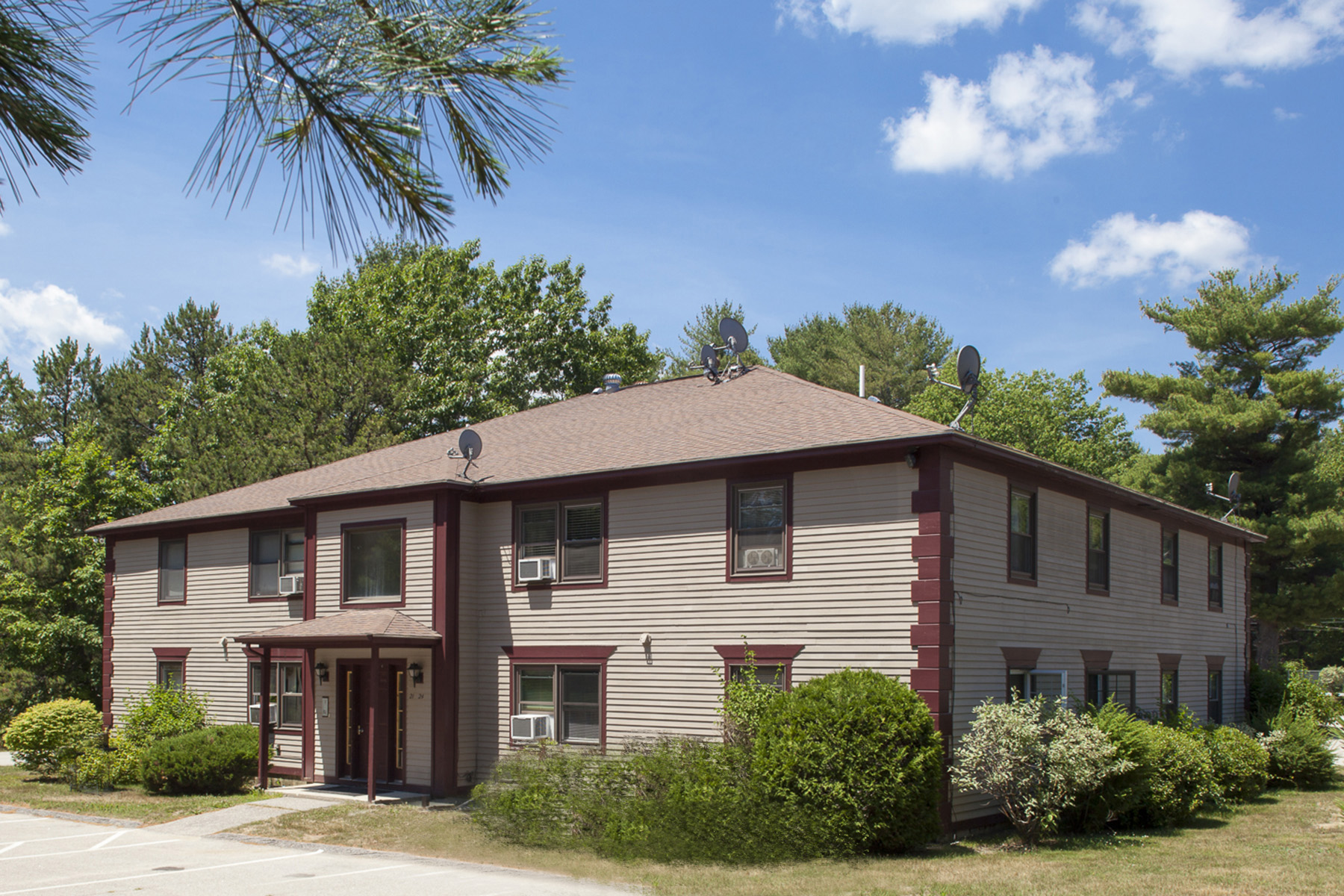 39 Smithwheel Rd, Old Orchard Beach, ME 04064