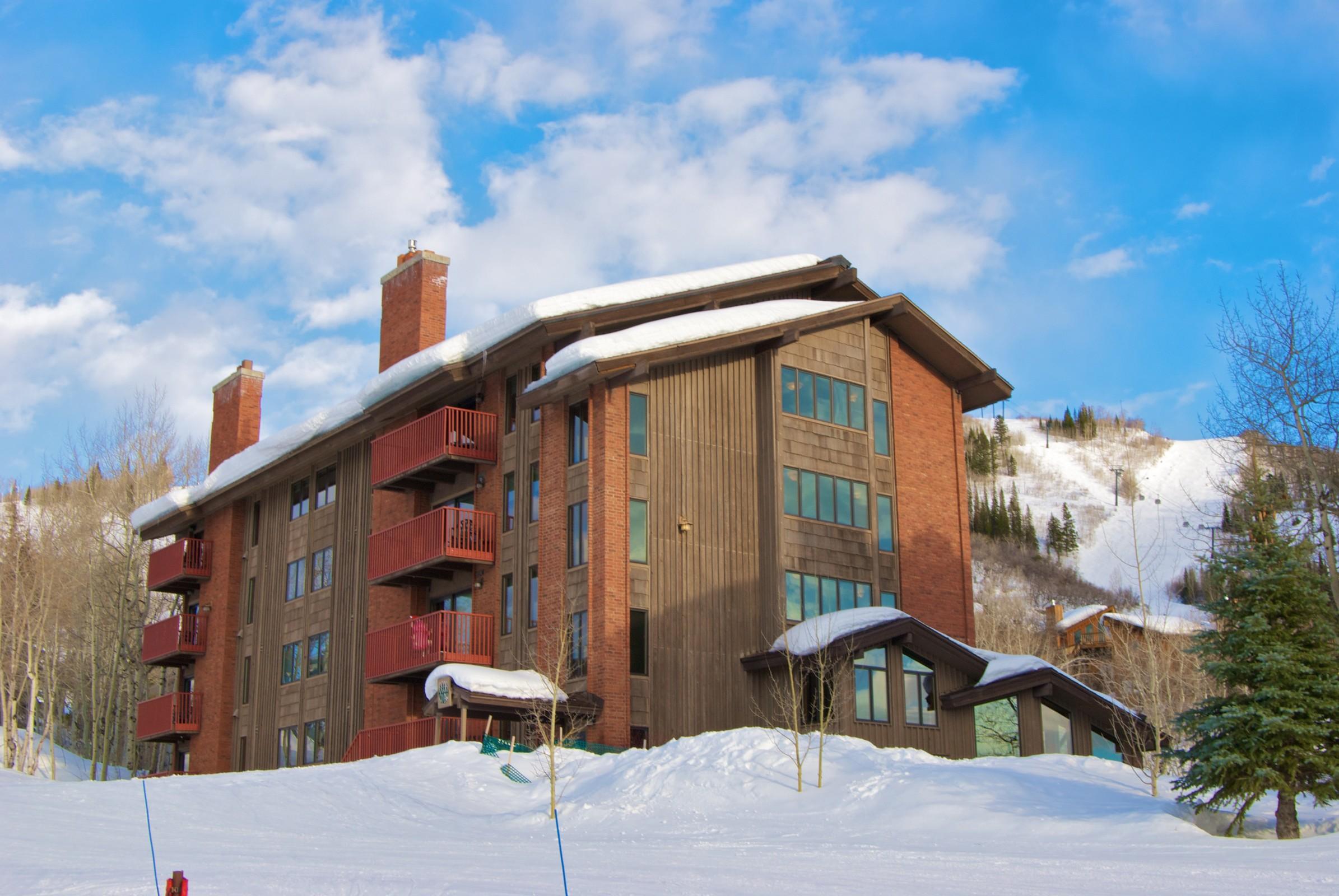 2430 Ski Trail Ln, Steamboat Springs, CO 80487