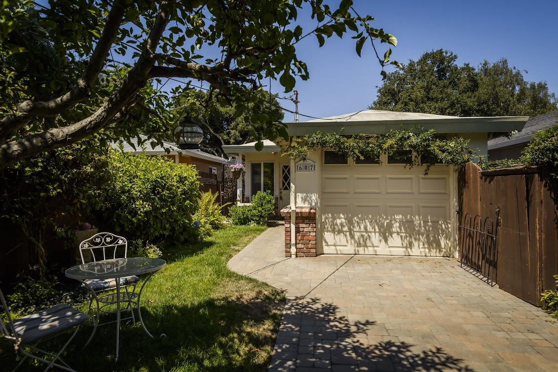 607 14th Ave, Menlo Park, CA 94025