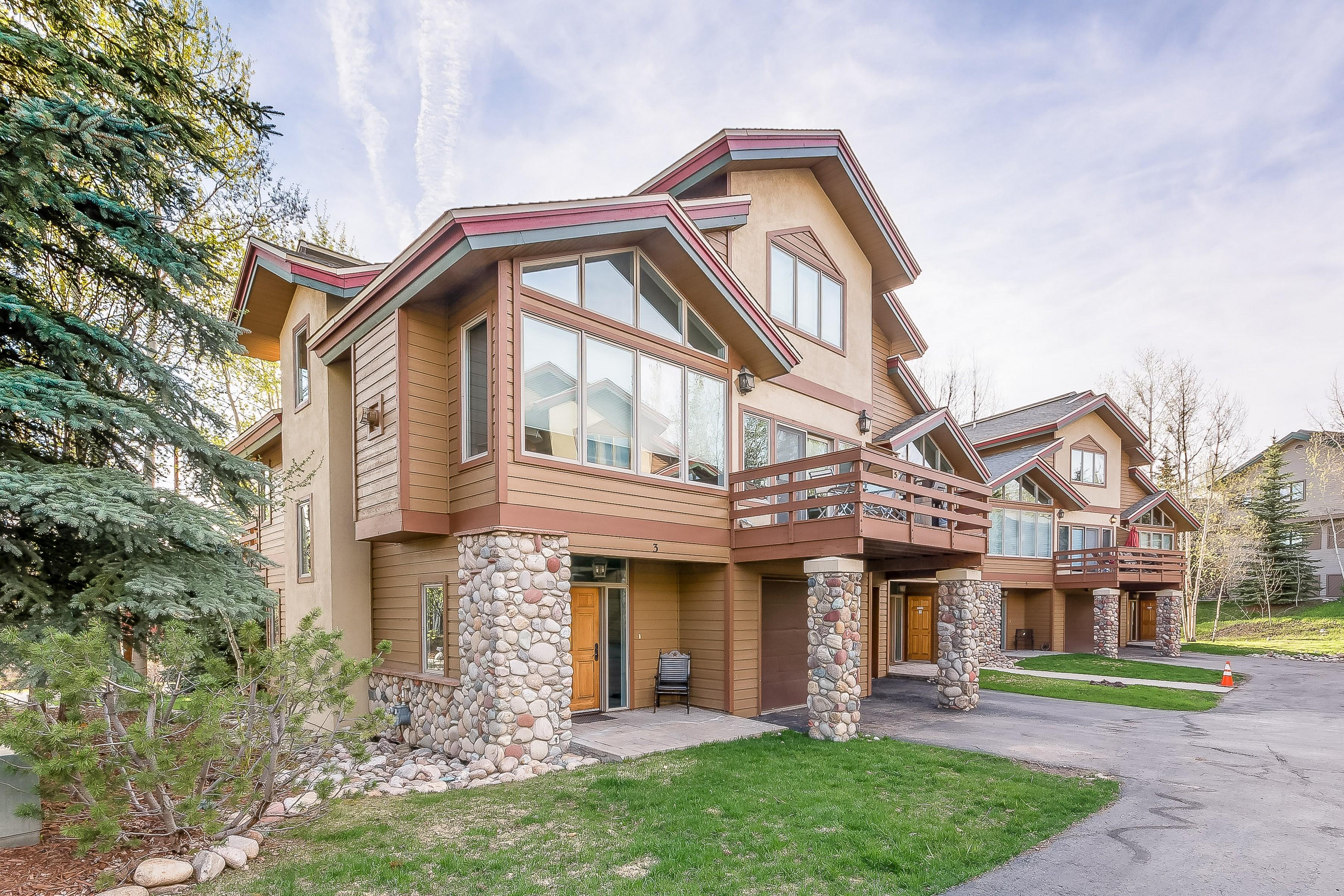 2837 Kitzbuhel Ct, Steamboat Springs, CO 80487