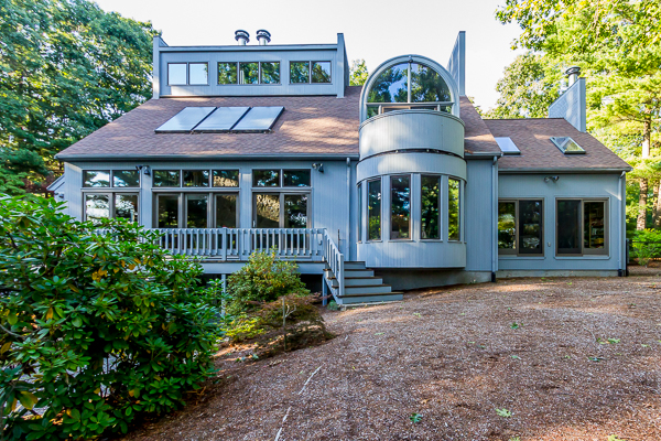 22 Brook St, Walpole, MA 02081