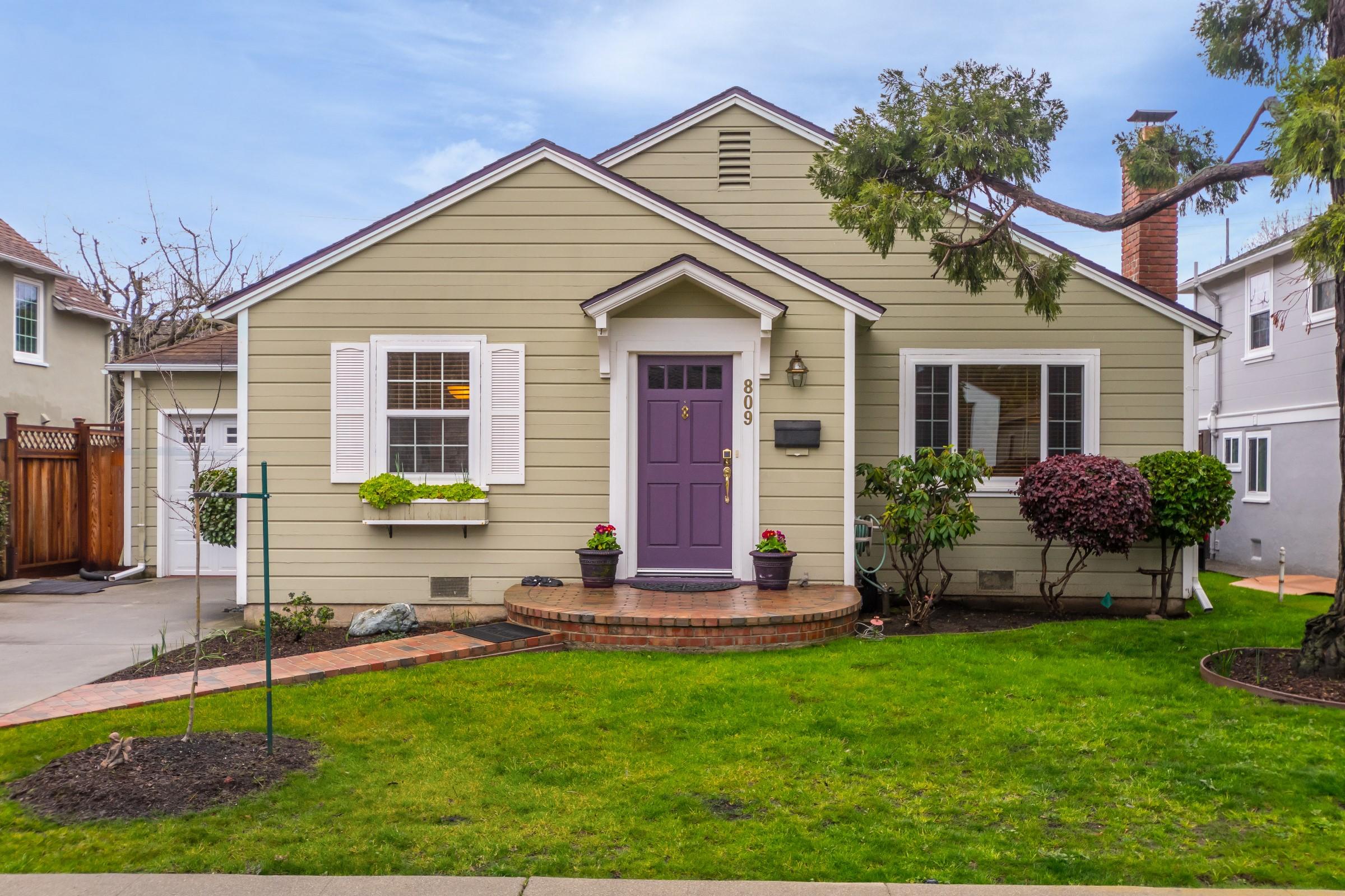 809 W Grant Pl, San Mateo, CA 94402