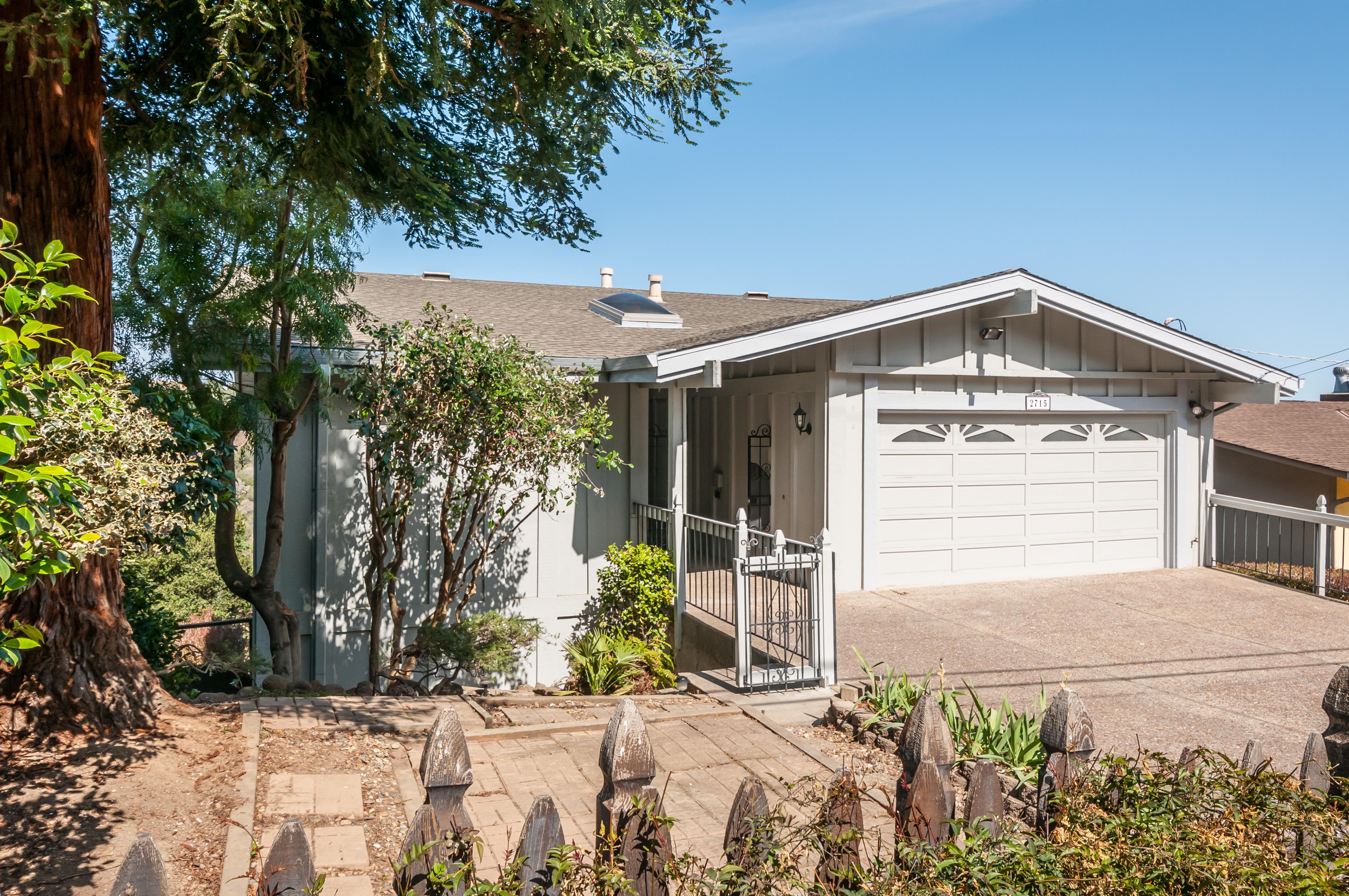 2715 Sequoia Way, Belmont, CA 94002