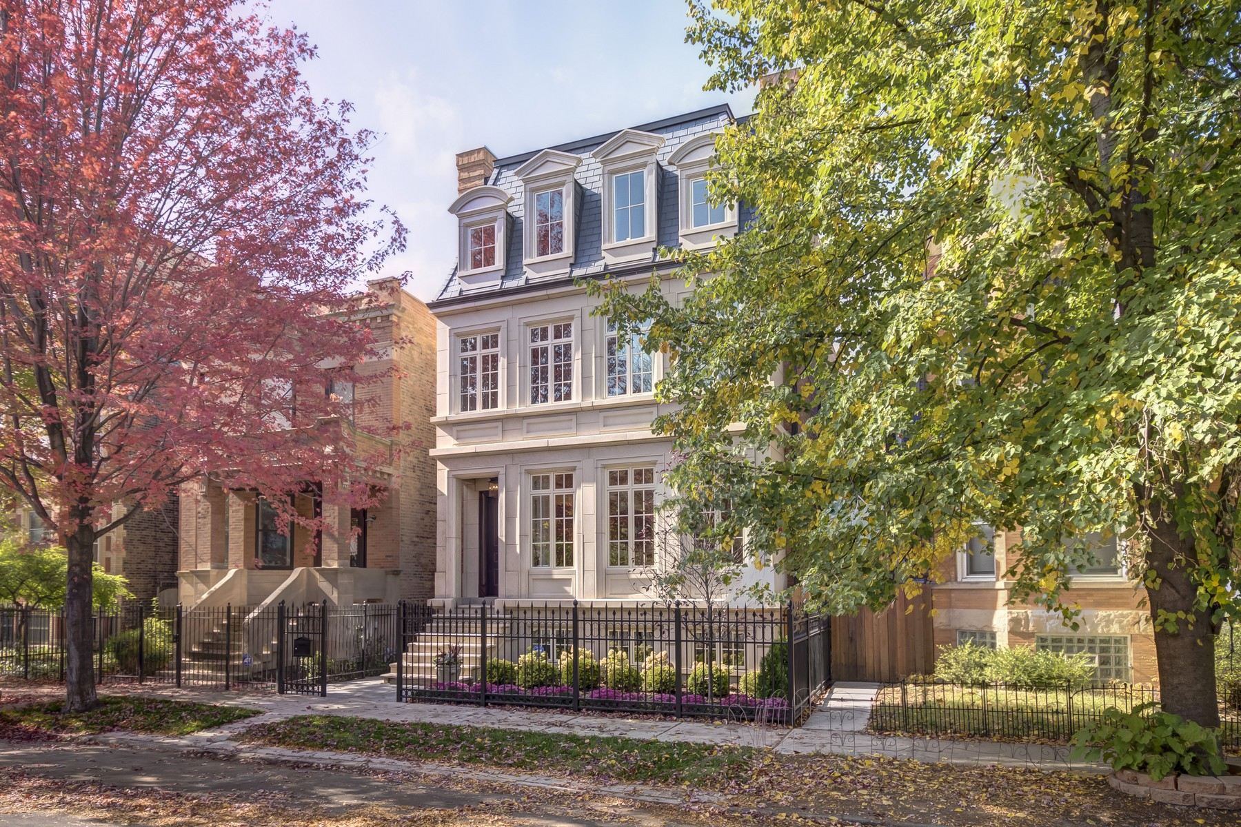 3716 N Lakewood Ave, Chicago, IL 60613