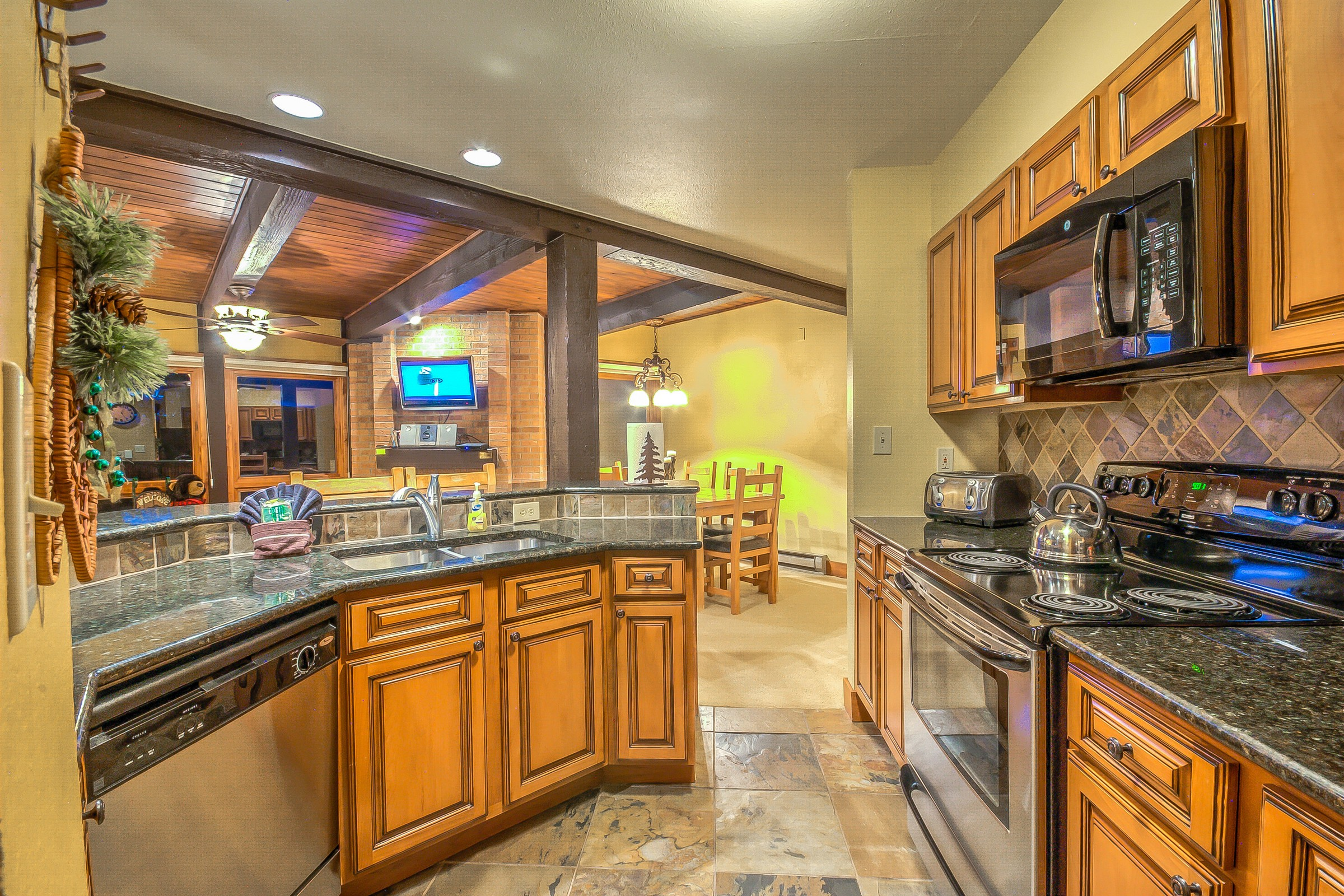 2700 Village Dr # C203, Steamboat Springs, CO 80487