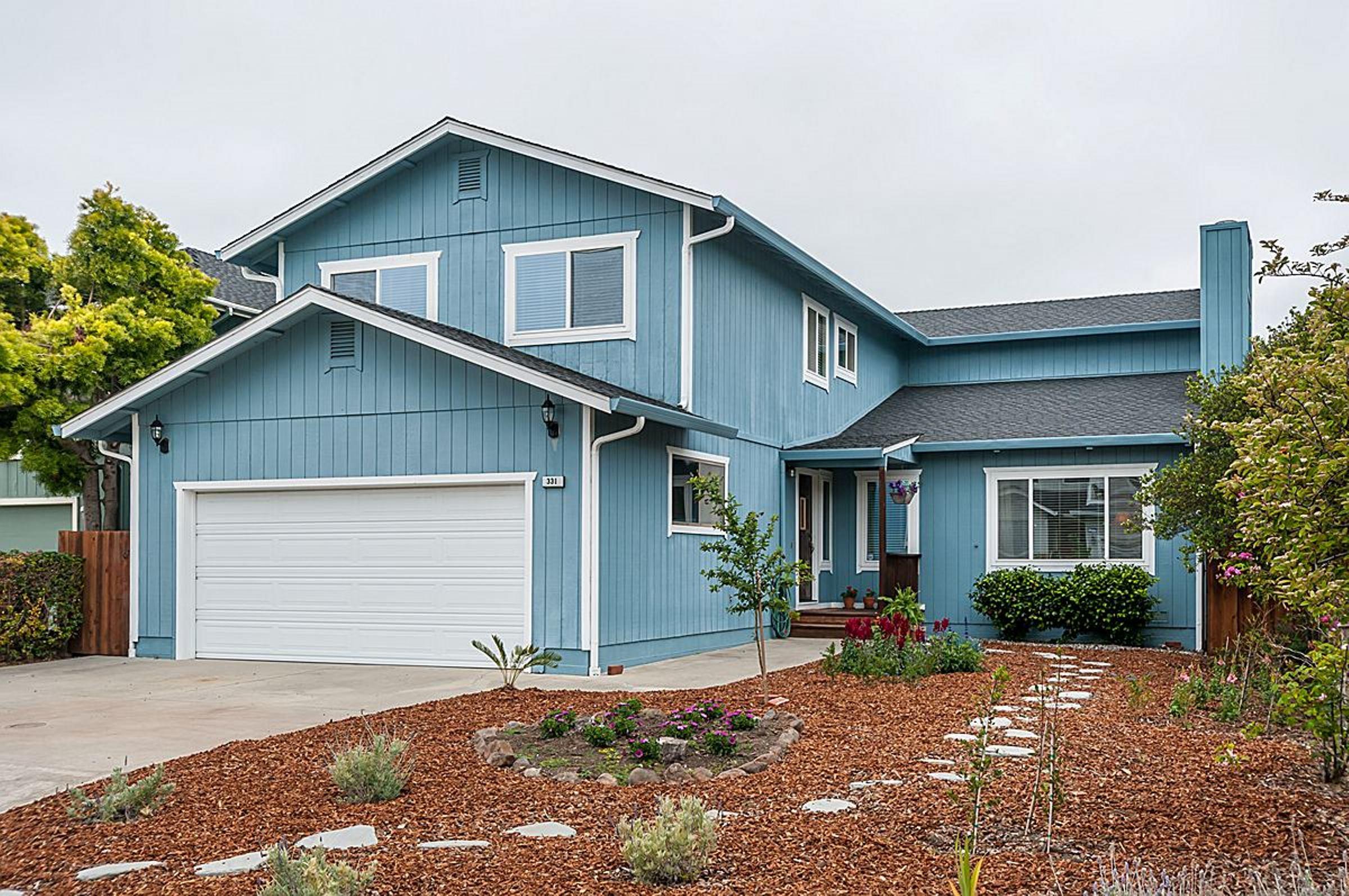 331 Miramontes Ave, Half Moon Bay, CA 94019