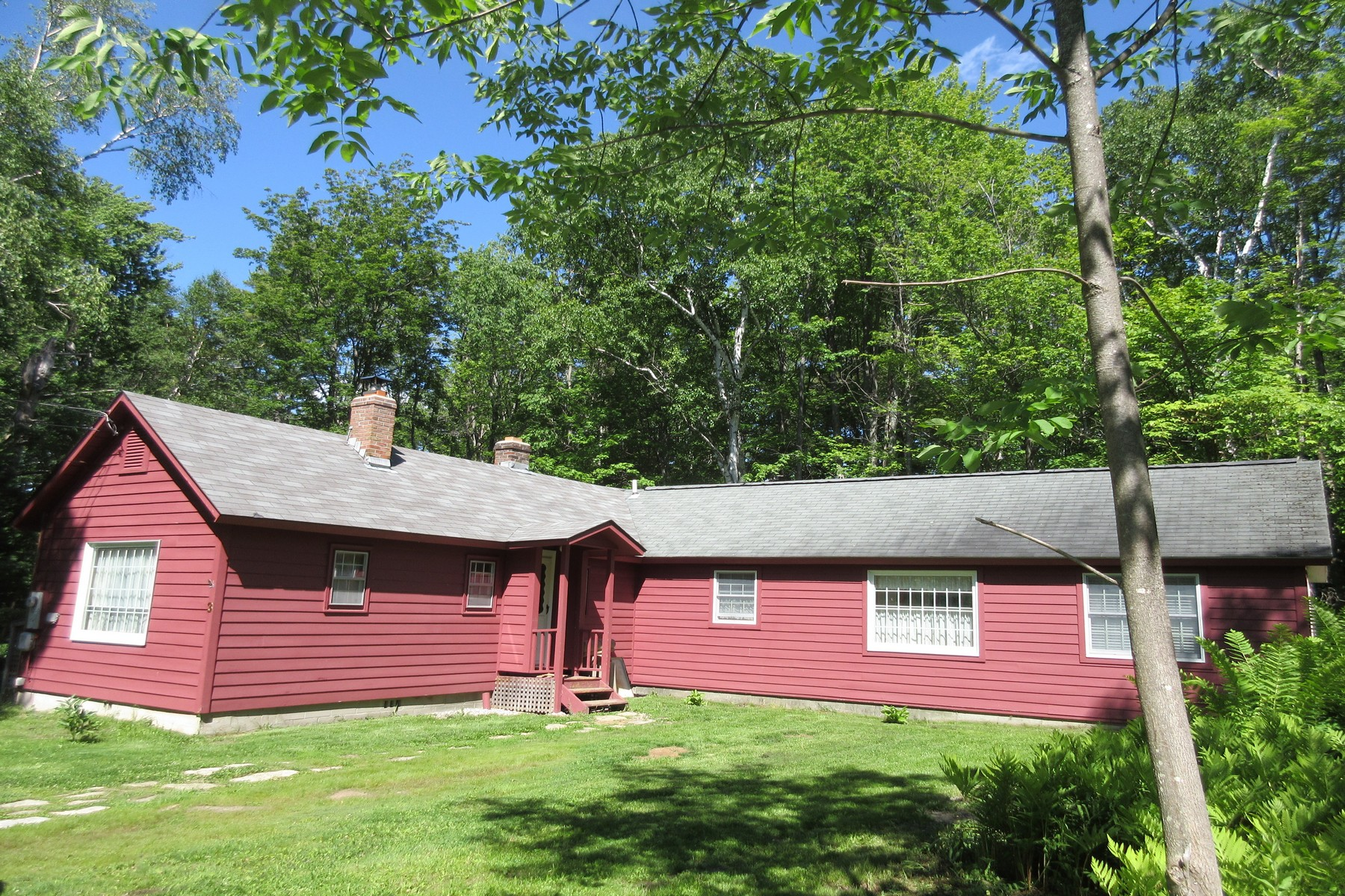 3 Old Town Rd, Winhall, VT 05340