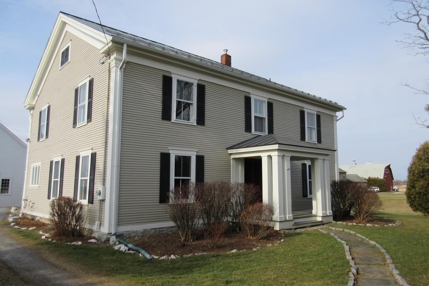 181 North St, New Haven, VT 05472