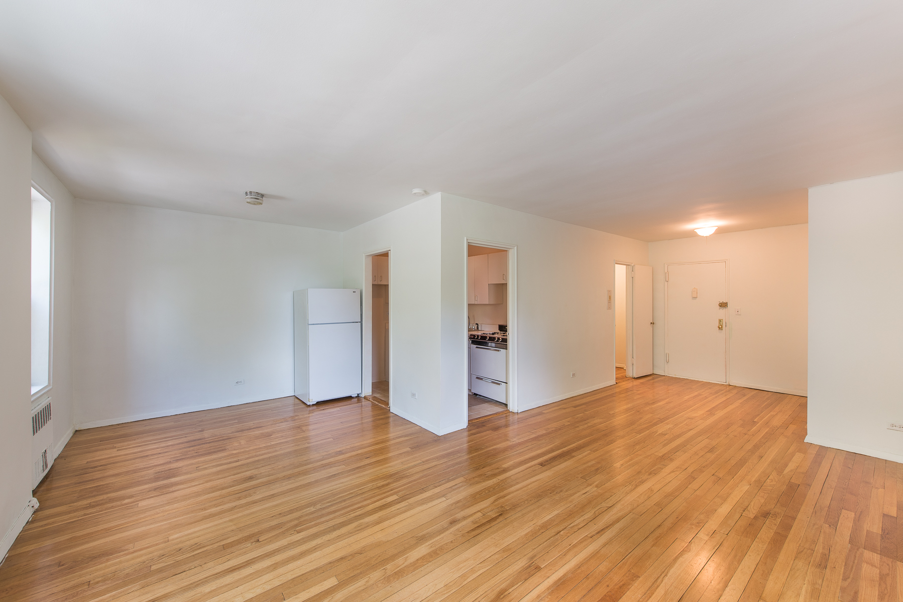 United states riverdale new to market large alcove for Alcove studio