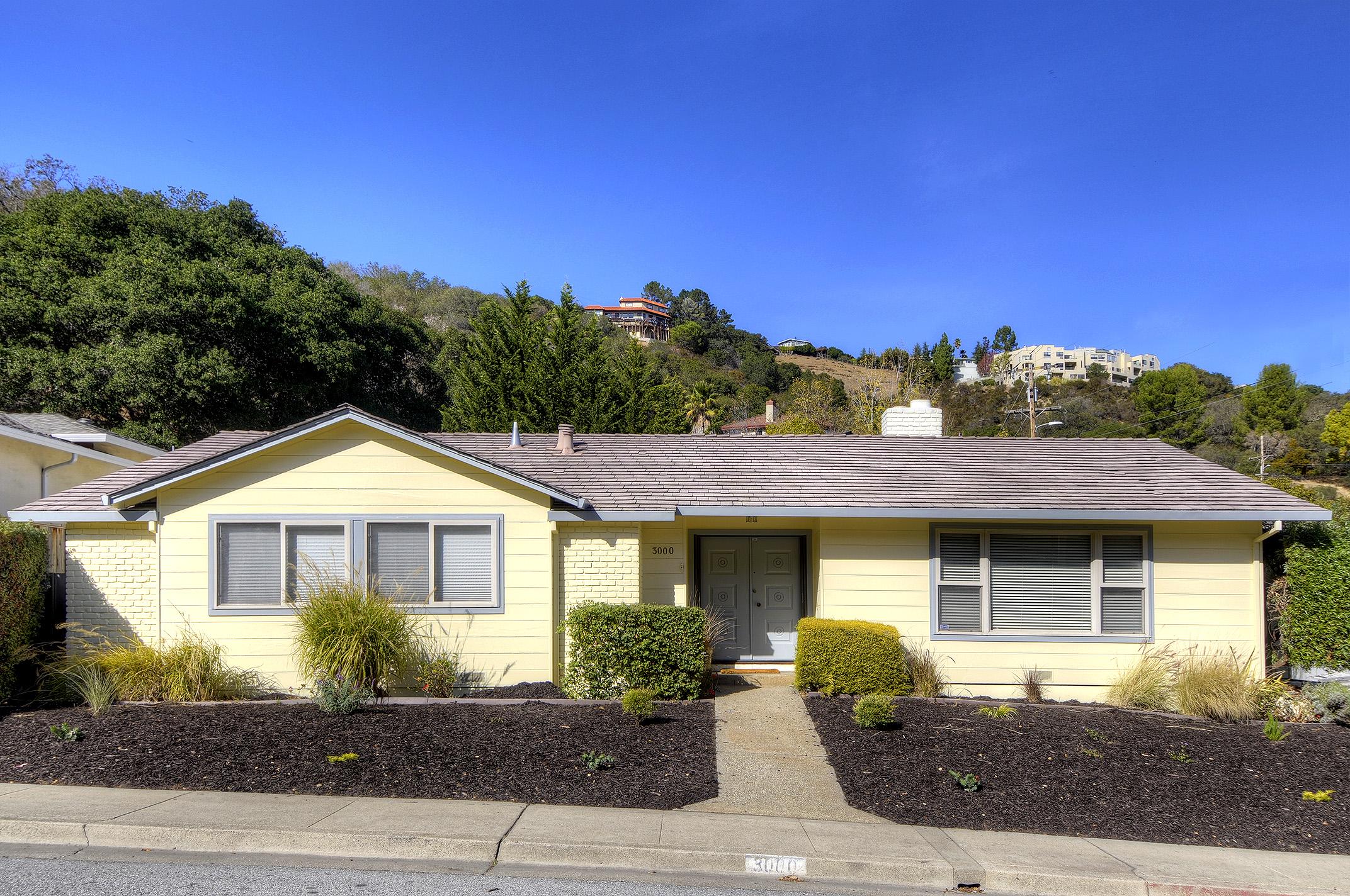 3000 Brittan Ave, San Carlos, CA 94070