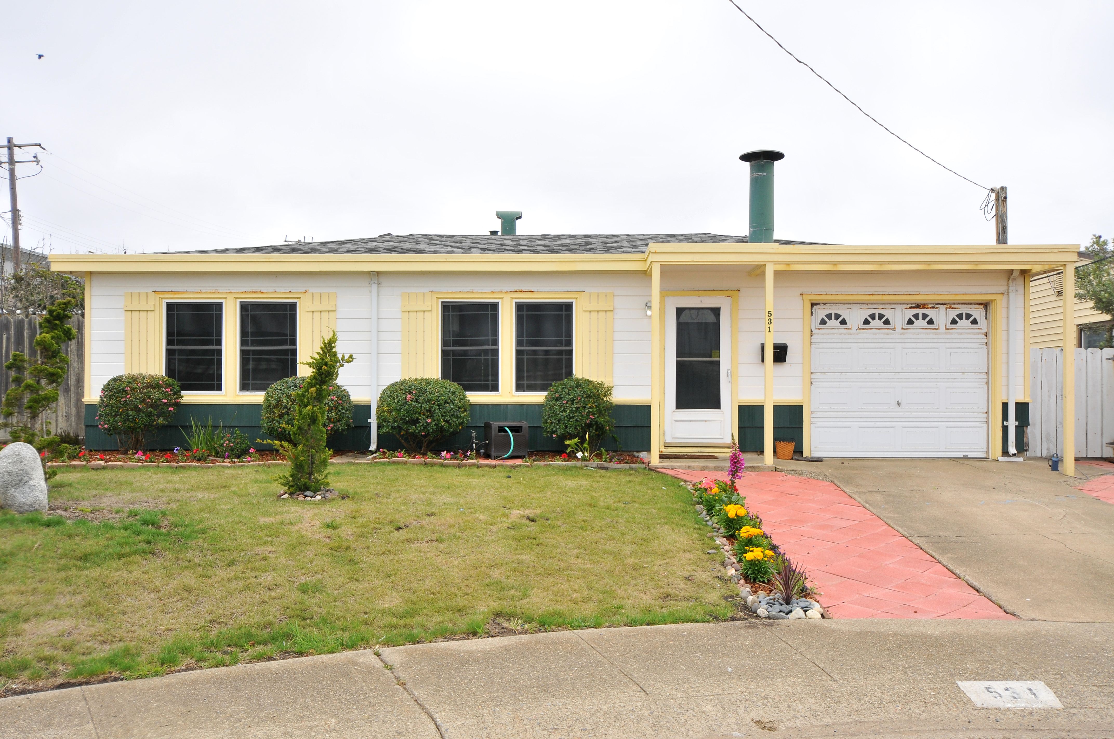 531 Dolphin Dr, Pacifica, CA 94044