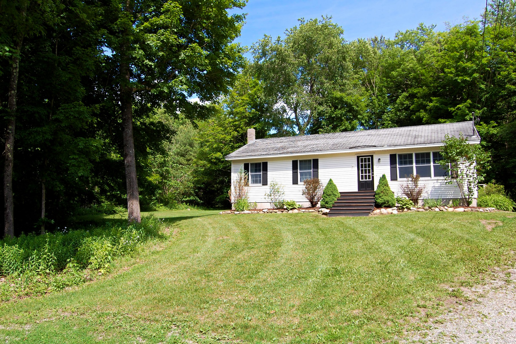 278 Village St, East Dorset, VT 05253