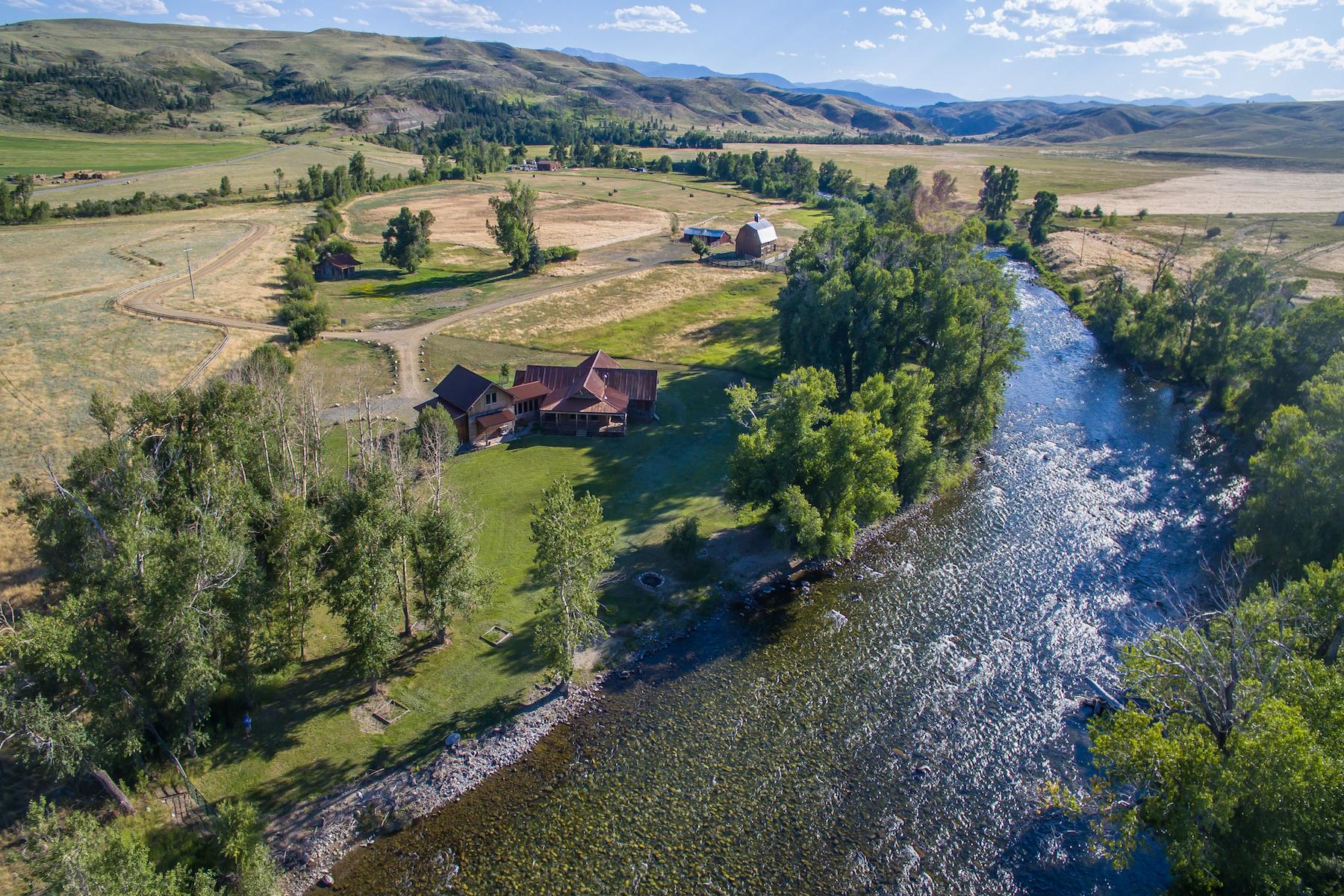 780 Stillwater River Rd, Absarokee, MT 59001