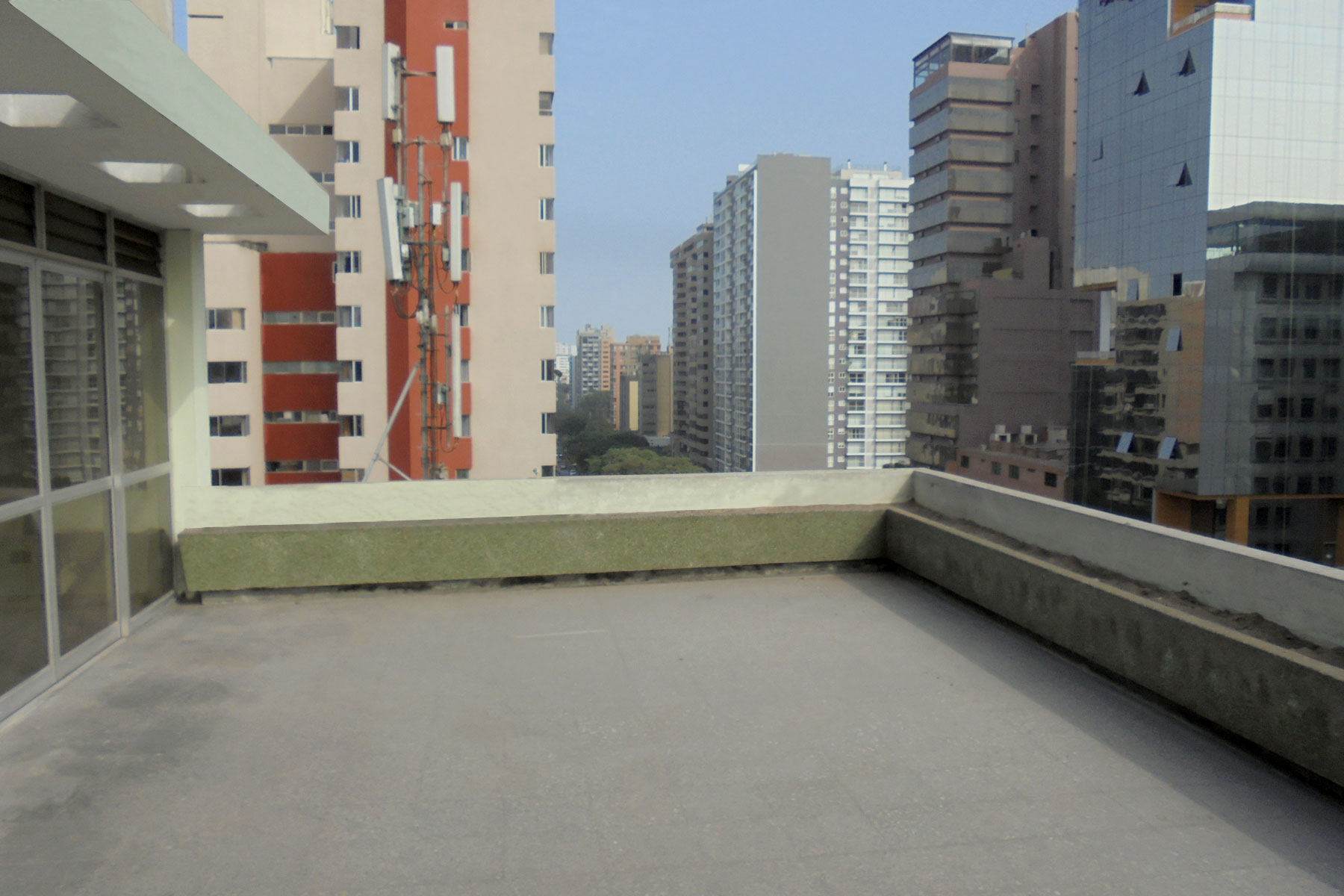 Nice Pent House flat in Av. Pardo in main bank and comercial Miraflores center