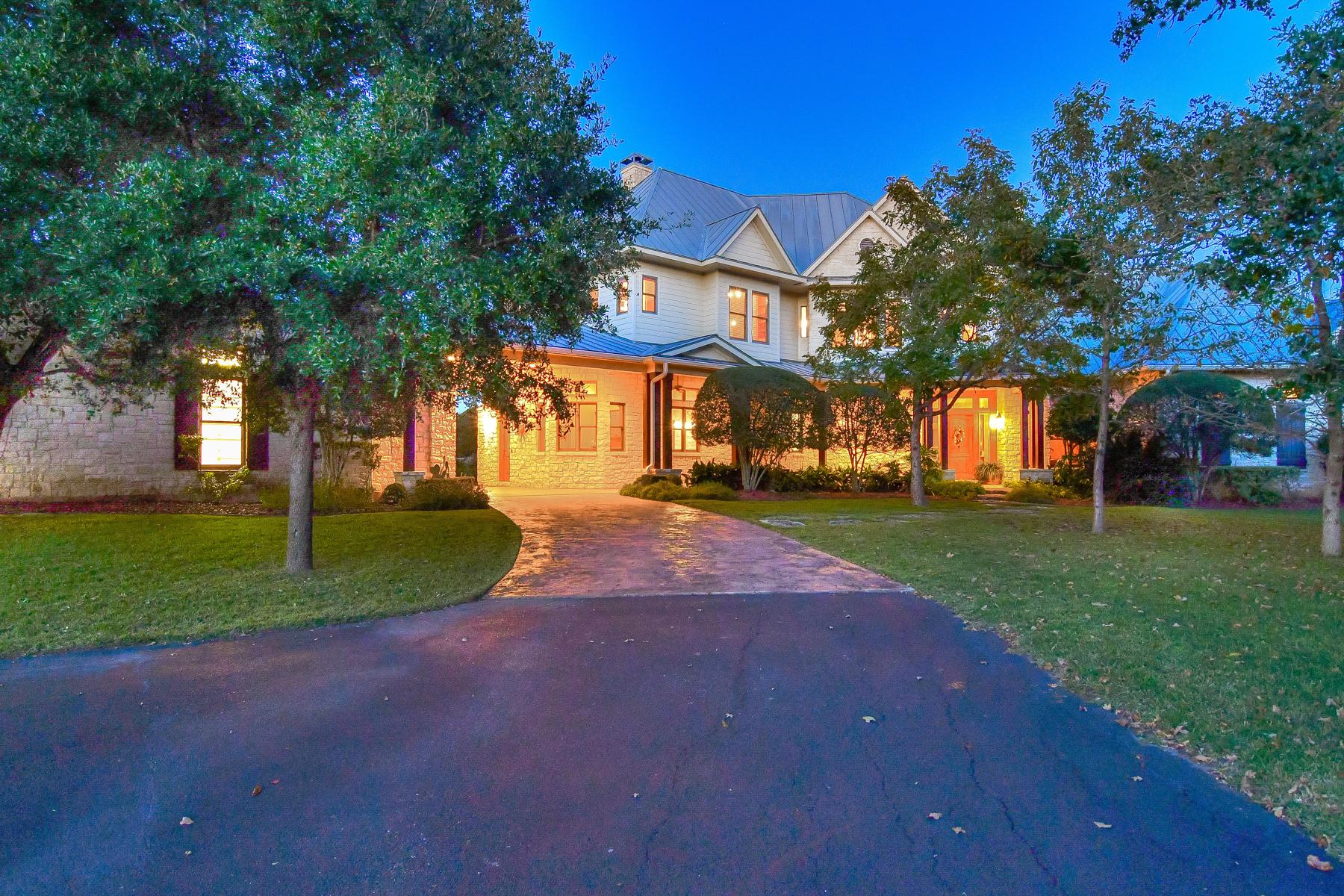 135 Woodland Ranch Rd, Boerne, TX 78015